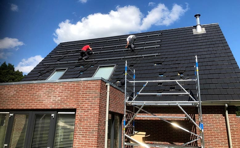 Solar experience center -Eigen gecertificeerde zonnestroom monteurs